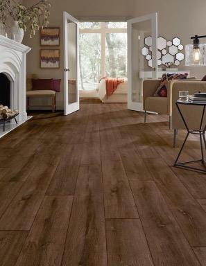 Mannington Black Smith Oak Rust Laminate